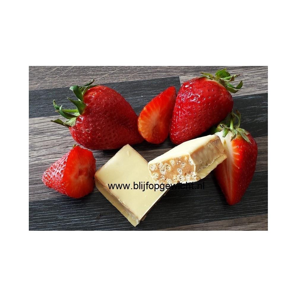 Crunchy Aardbeien Reep, 1 stuks